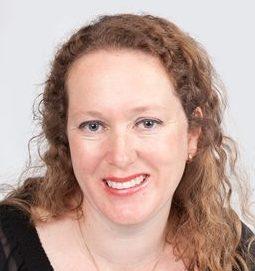 Esther Ewoldt